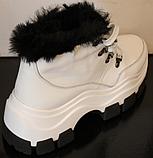 Белые ботинки женские зимние из кожи от производителя модель УН521, фото 3