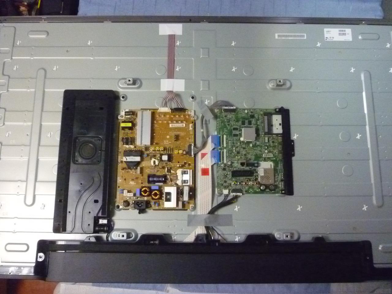 Плати від LED TV LG 55LB720V-ZG.BDRWLJU по блоках (розбита матриця).