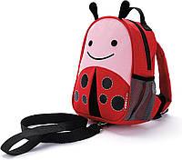 Детский мини-рюкзак с поводком Skip Hop Zoo let (mini backpack with rein) - Ladybug (Божья Коровка), 1-4 г.