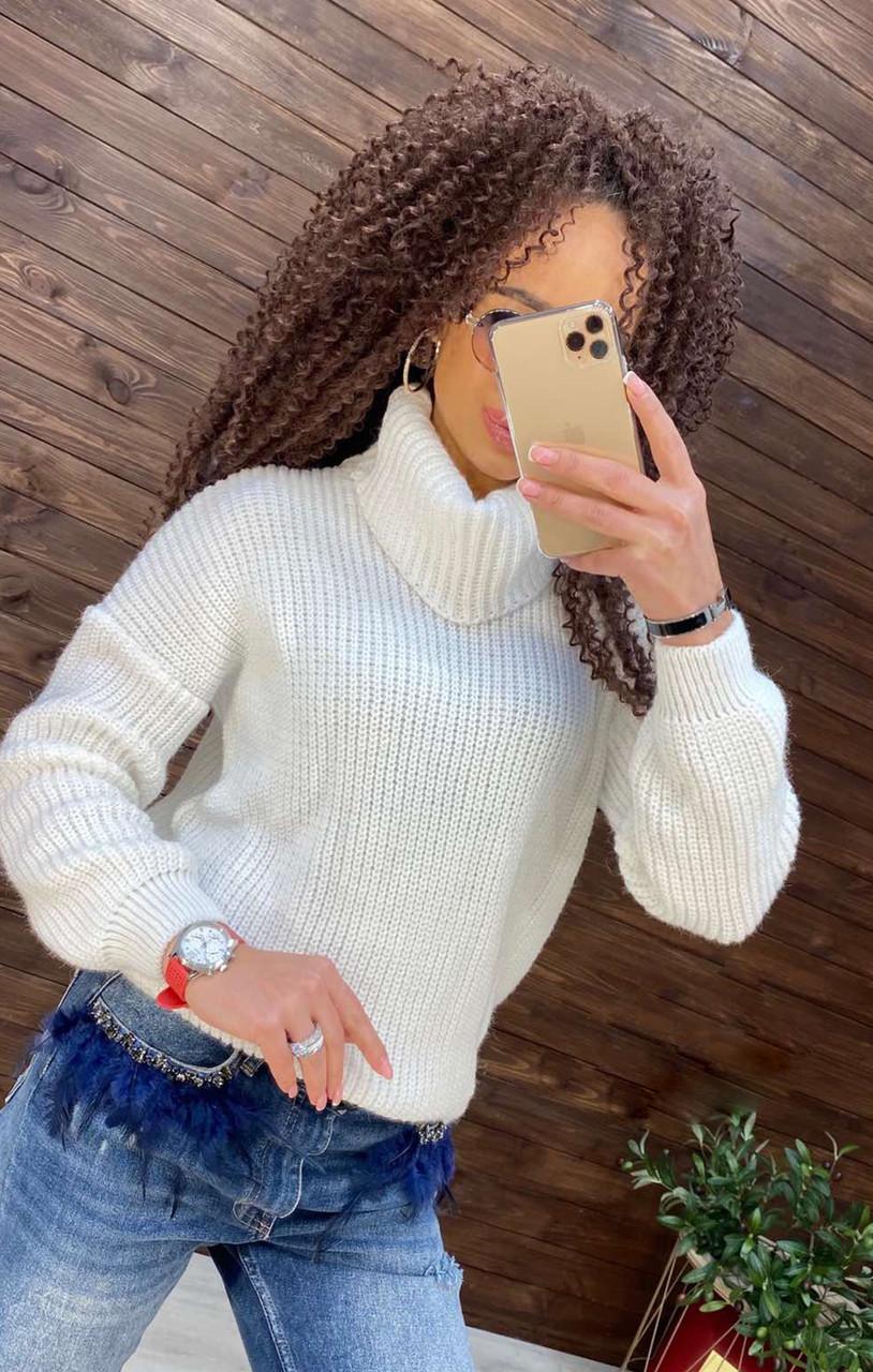 Об'ємний светр з горлом, 42-48