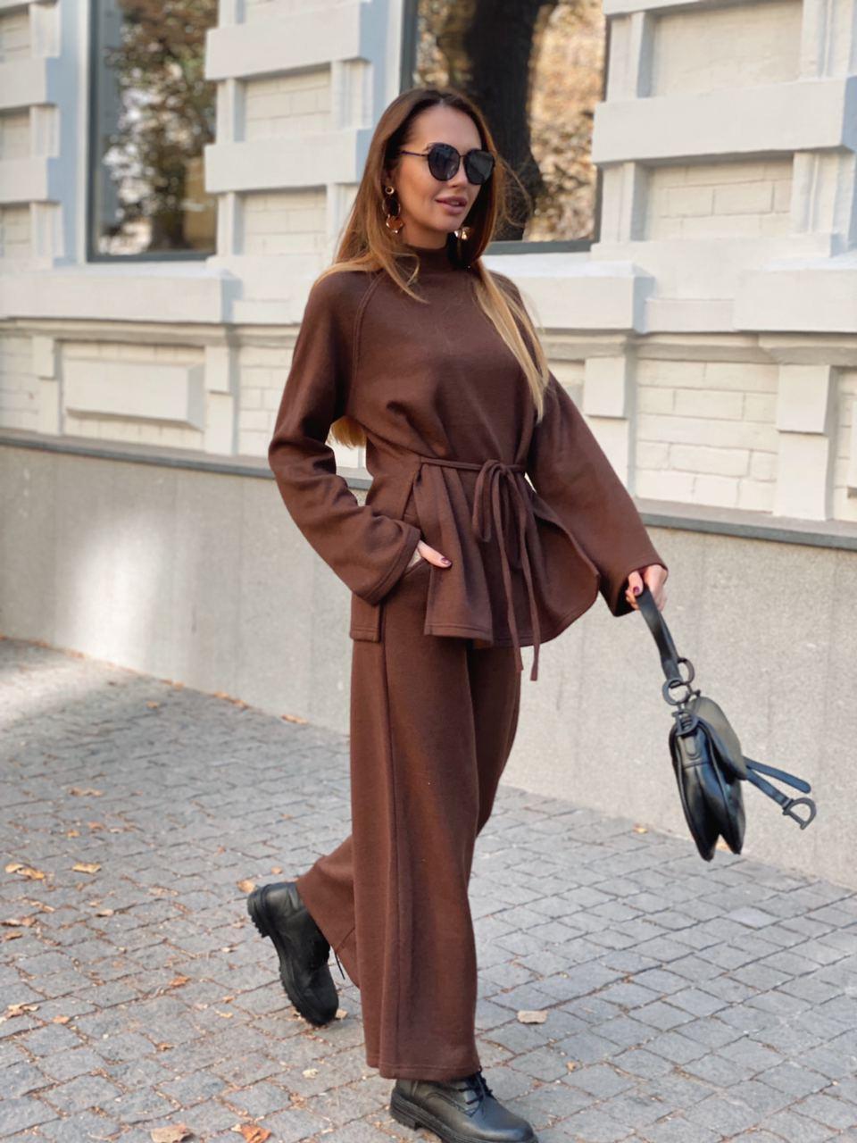 Женский теплый брючный костюм из вязаного трикотажа с удлиненным свитером и кюлотами 36st1465