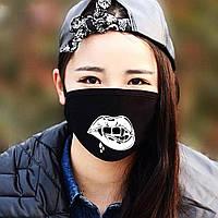 """Детская маска многоразовая (респиратор) защитная с принтом на лицо """"Рот вампира с клыками"""""""