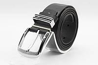Мужской кожаный ремень черного цвета с классической пряжкой., фото 1
