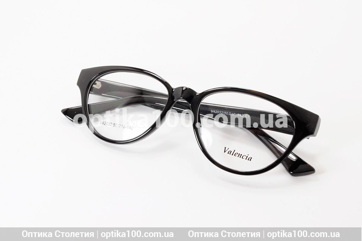 Женская черная пластиковая оправа для очков. Овальные линзы