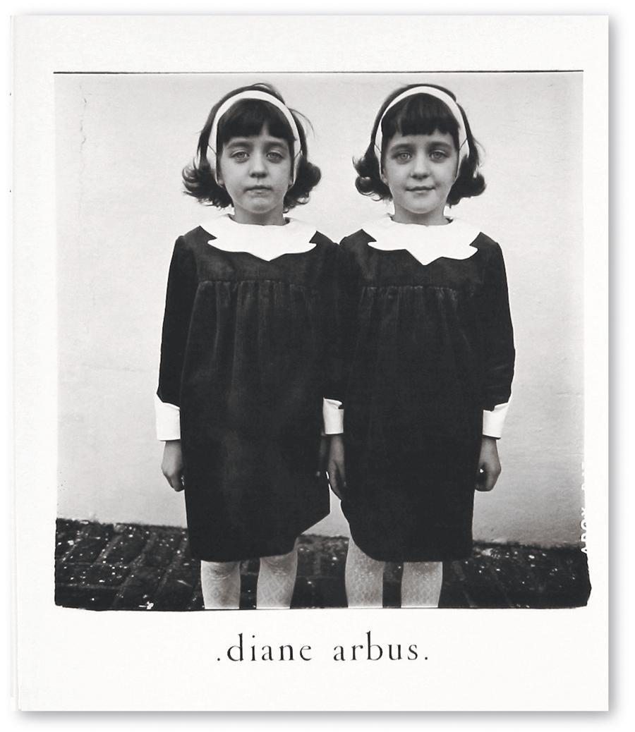 Книга Diane Arbus: An Aperture Monograph