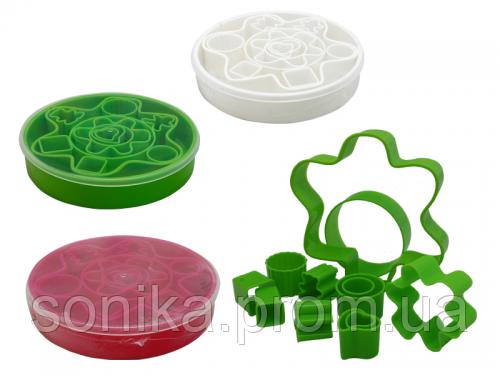 Набір форм для нарізки тіста S&T 13 предметів 90424