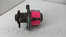 Водяный насос Renault Trafic 2.0 2.3 DCI 2010 гг 8200332040