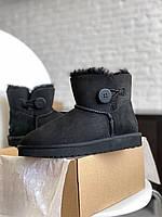 Женская зимняя обувь УГГи черного цвета с пуговкой. Комфортные угги для девушек.