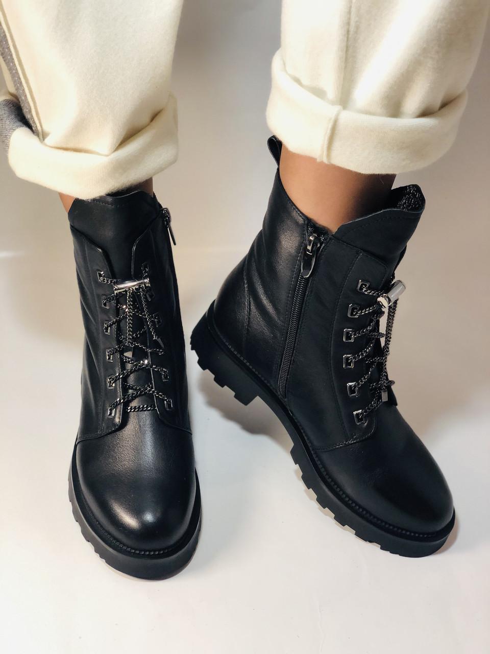 Натуральный мех. Зимние ботинки на плоской подошве. Натуральная кожа. Люкс качество. Polann. Р. 38,39 .Vellena