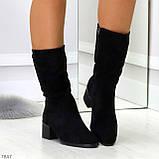 Элегантные черные замшевые женские зимние сапожки на низком каблуке, фото 8