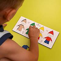 Детская развивающая игрушка из дерева - «Гномики на полянке»
