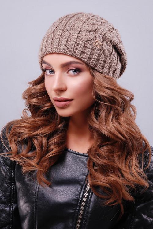 Женская модная шапка с текстурными узорами  кофе