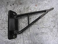 Кронштейн зеркала б/у на Mercedes-Benz 207-410 выпуск 1977-1995 год