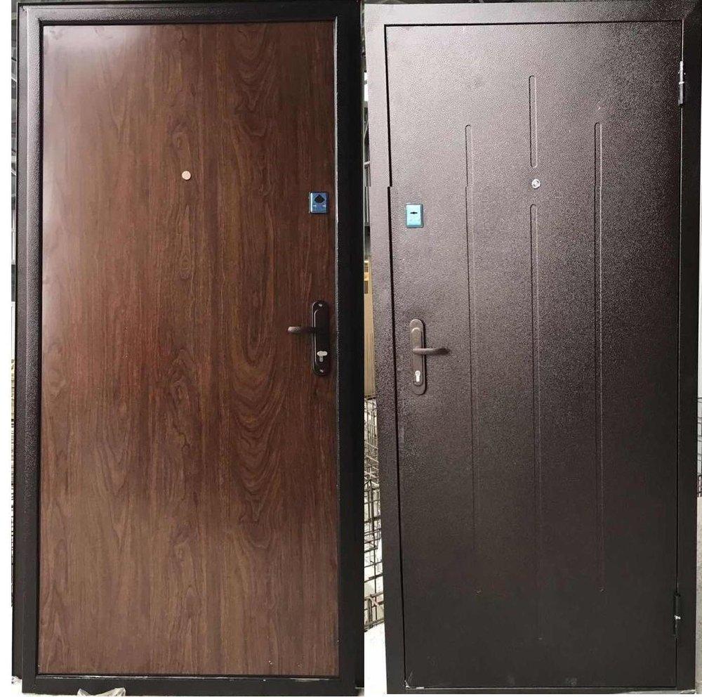 Дверь брон. 860*2050*50 молоток/накладка (пенопласт, 2 замка) правая Днепр