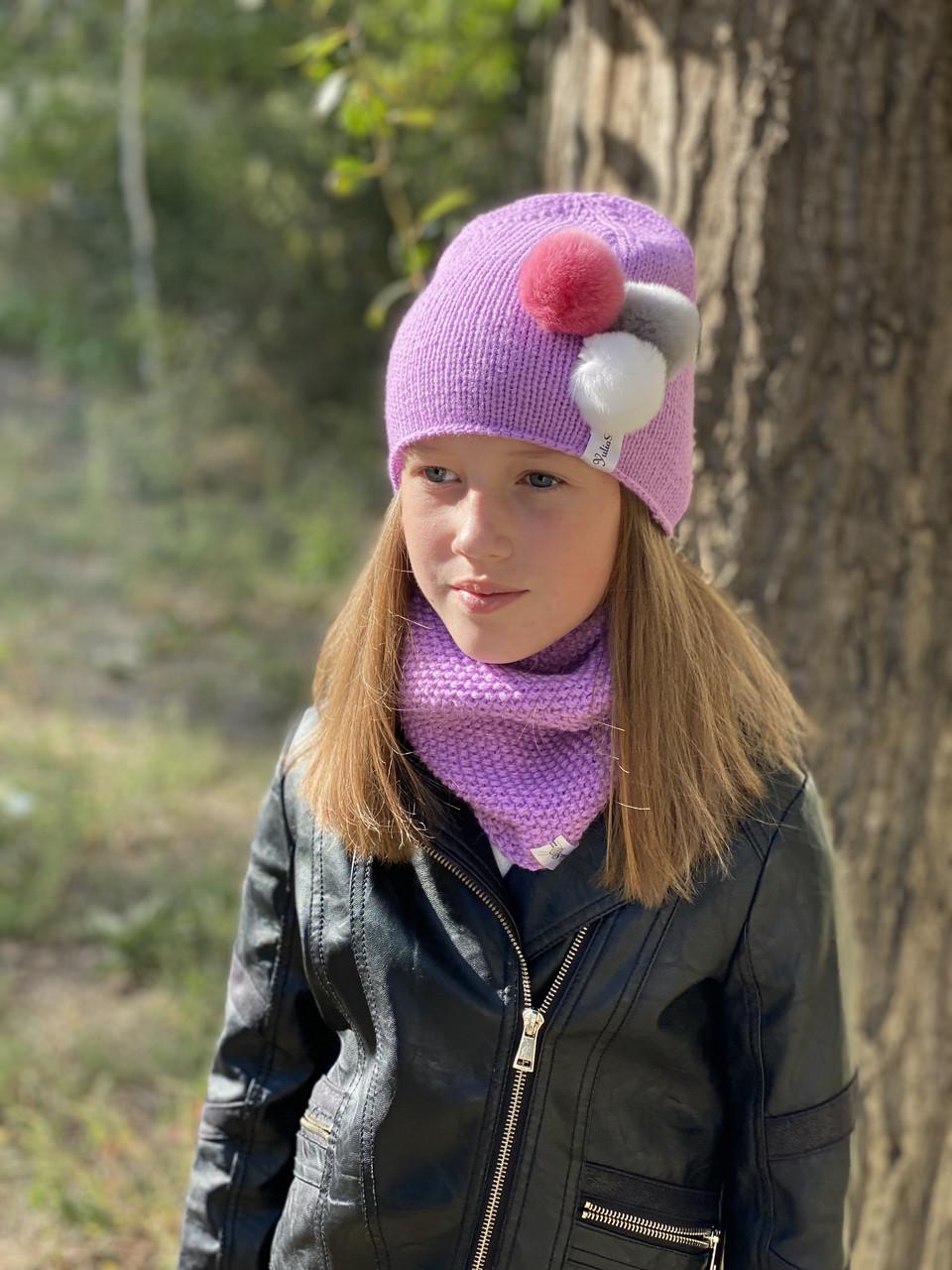 Демісезонна в'язана легка шапка і снуд хомут для дівчинки ручної роботи.