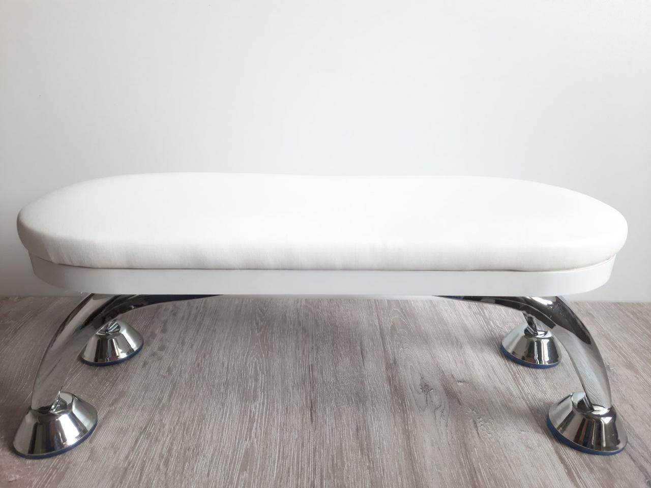 Подставка для маникюра белая (ножки металл)