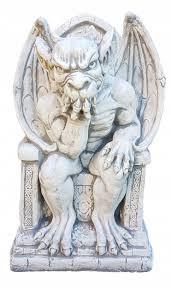Скульптура Горгуля на троні №3 з бетону 48 см