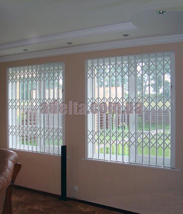 Решетка раздвижная на окно Шир.1600*Выс1750мм