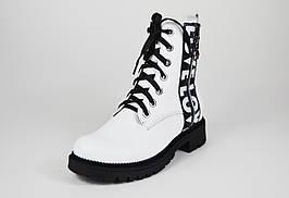Ботинки кожаные белые Teona 0039
