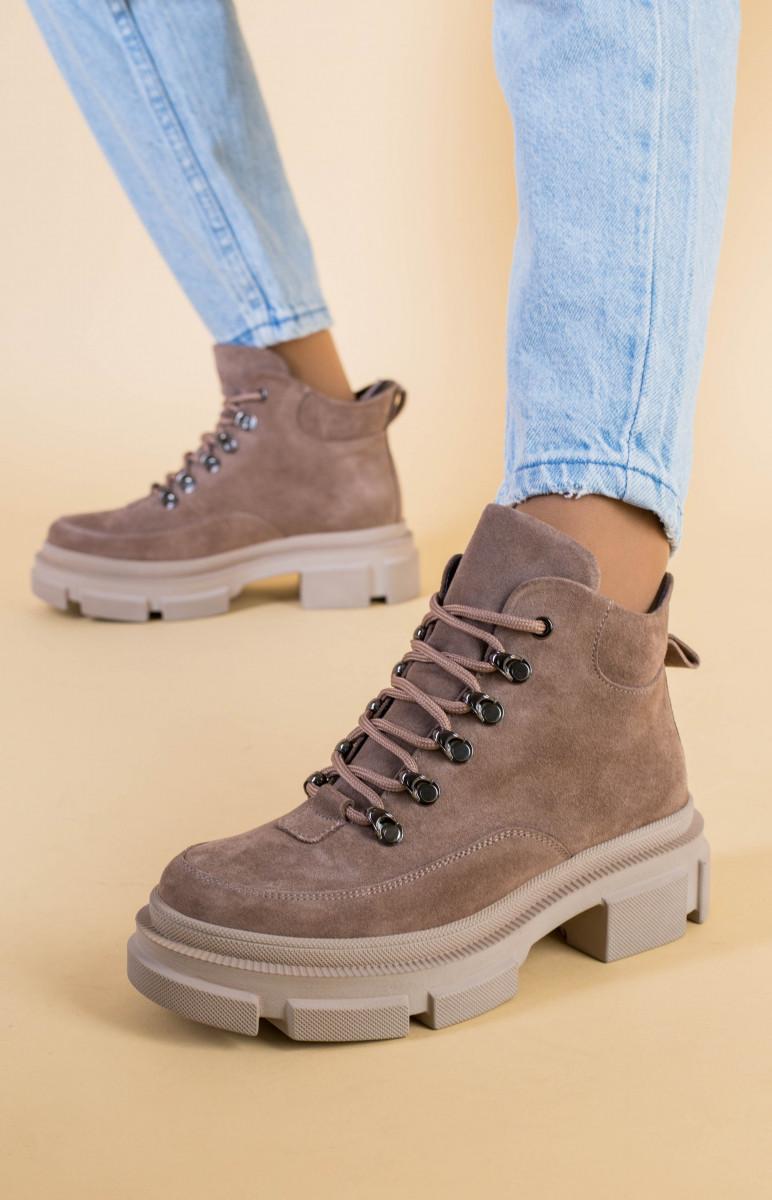 Ботинки женские замшевые цвета латте, на шнурках, зимние