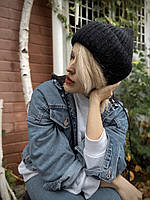 Шапка жіноча в'язана з вовни мериноса і ангори м'яка з підворотом стильна чорна закруглена, фото 1