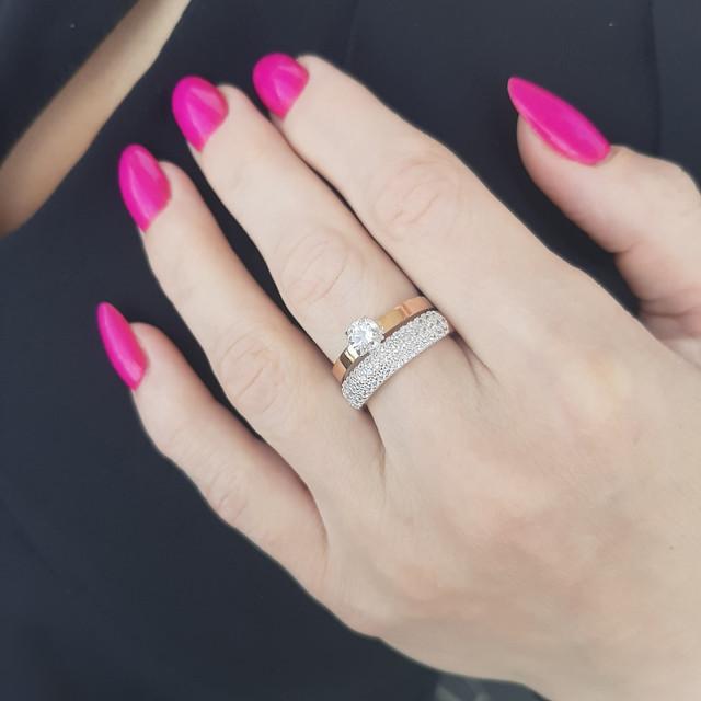 Кольца серебряные с золотыми вставками