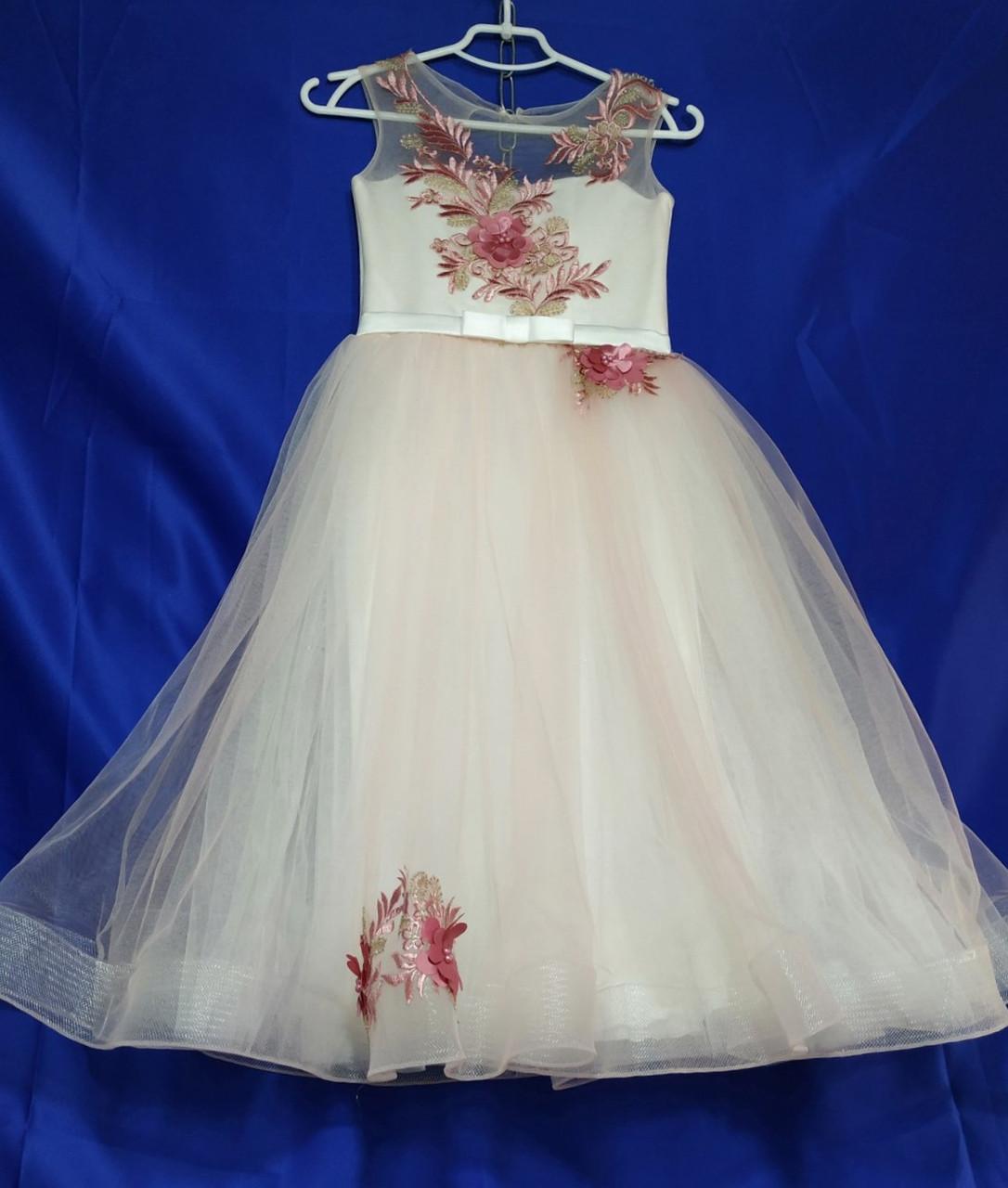 Бальное нарядное платье  на девочку 6-8 лет розового цвета