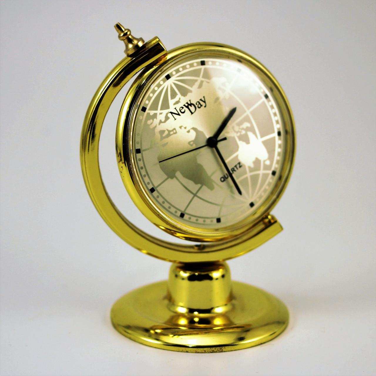Настольные офисные часы сувенир Глобус