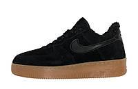 """Зимние замшевые мужские/женские кроссовки с мехом Nike Air Force  """"Черные"""" р. 36-45"""