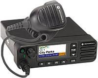 Цифровая автомобильная радиостанция Motorola MotoTRBO DM4600