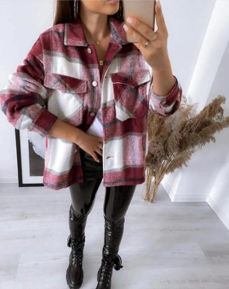 Рубашка женская теплая из турецкой утепленной байки в крупную клетку бордовая в стиле оверсайз
