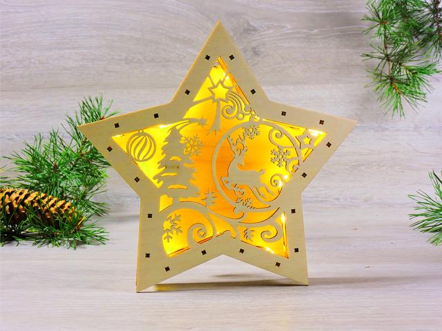 Дерев'яні новорічні іграшки для прикраси ялинки