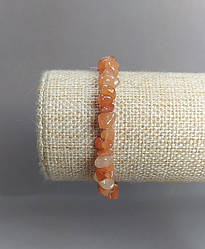 Браслет з натурального каменю Сердолік крихта d-6(+-)мм на резинці обхват 18см