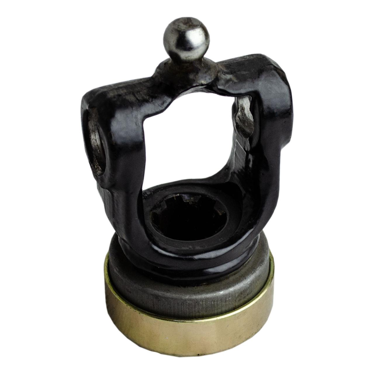 Вилка карданного валу на хрестовину 6 шлицов