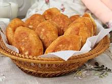 Пирожки  с  картофелем  и  грибами  по 5кг. в ящике