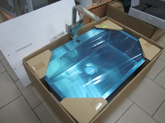 Мойка кухонная AquaSanita  Luna 100M 51x79x20 из нержавеющей стали