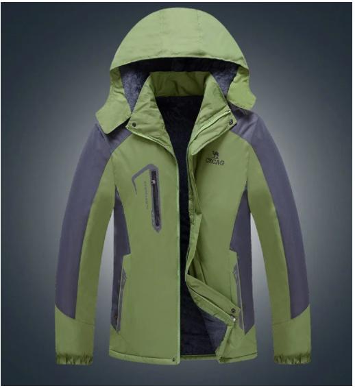 Мужская демисезонная ветро-влагозащитная куртка с капюшоном р.44