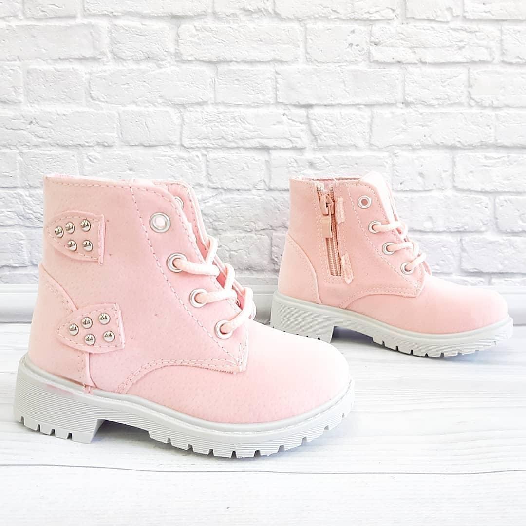 Осіннє взуття для дівчинки рожевого кольору. Розмір:24-25.