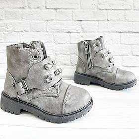 Осіннє взуття для дівчинки на замочку. Розмір:24-25.