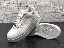 Жіночі зимові кросівки Nike Air Force 31842 білі