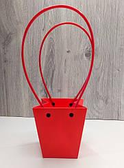 Сумка картонная с ручкой для Цветов и подарков Красная