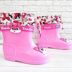 Осіннє взуття для дівчинки рожевого кольору. Розмір:27-32.