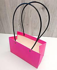Сумка картонная с ручкой для Цветов и подарков Малиновая
