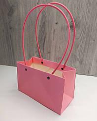 Сумка картонная с ручкой для Цветов и подарков Розовая