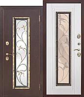 Входная металлическая нестандартная дверь со стеклопакетом Плющ 75 Белый ясень/Венге