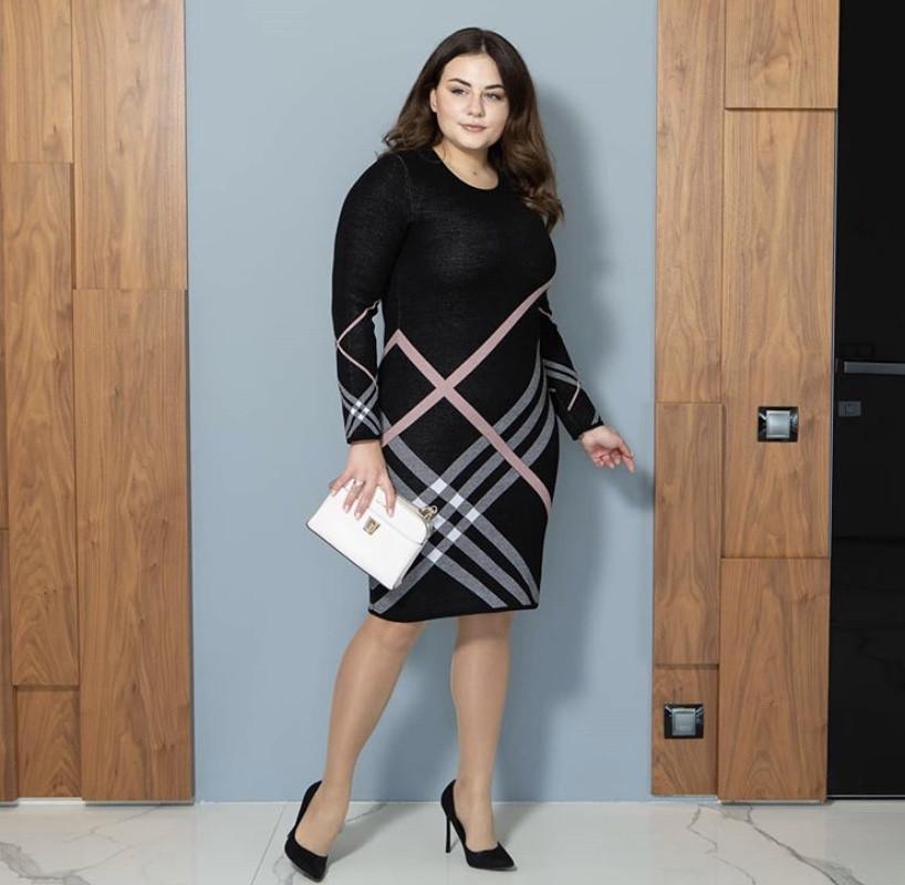 Платье вязаное Призма черный+пудра