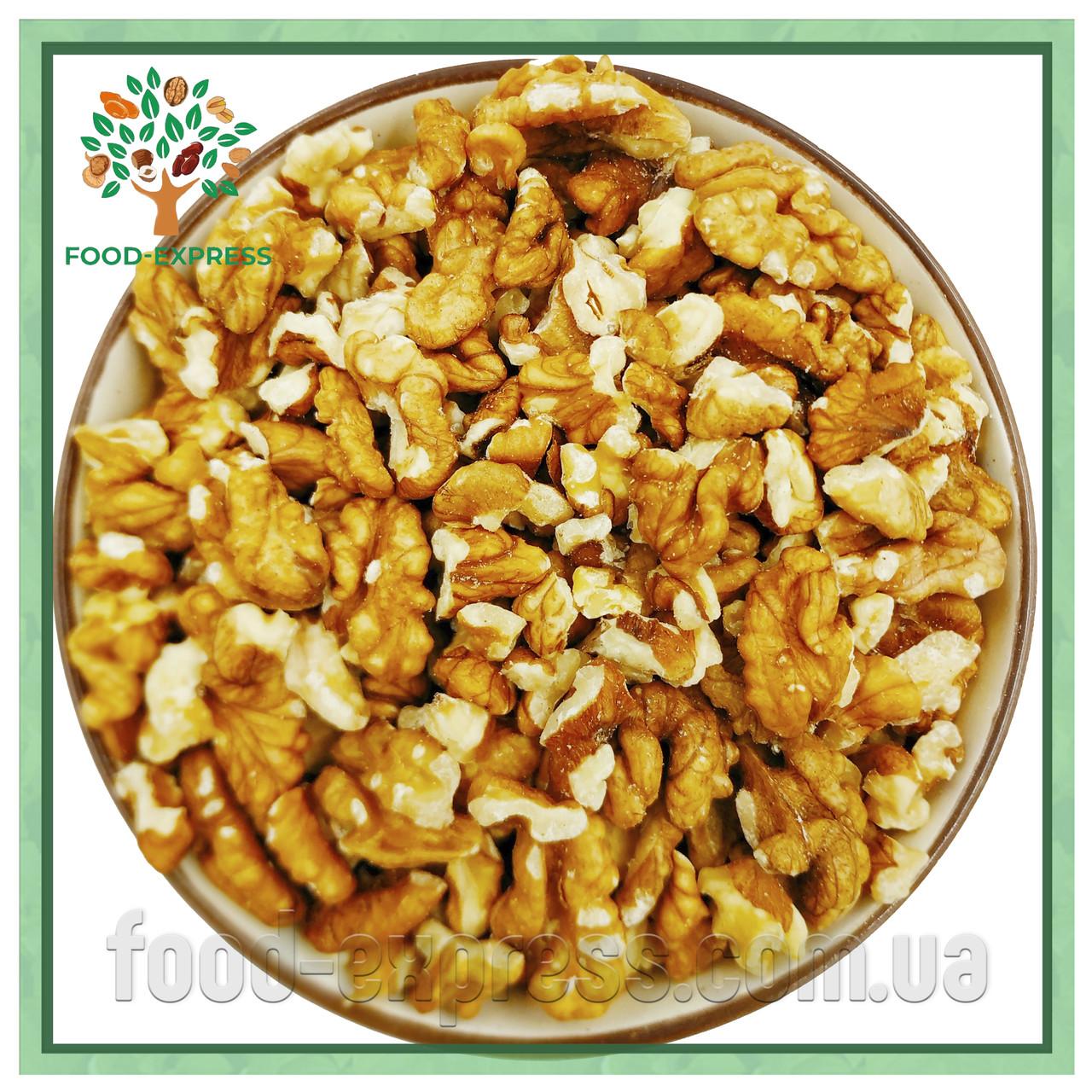 Грецкий орех микс очищенный 1кг, четвертинка и половинка