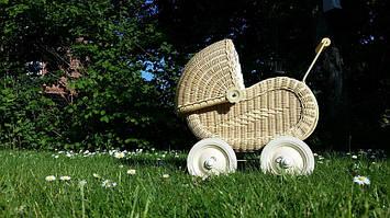 Замена покрышек на детской коляске