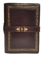 "Ежедневник (портфолио) А5 формата в кожаной обложке на ремешке с кнопкой ""Президент"""