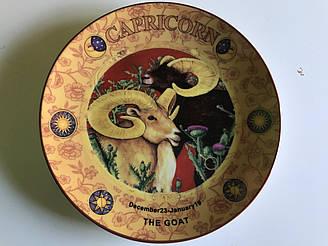 Тарілка декоративна Lefard Козеріг 20 см 86-354